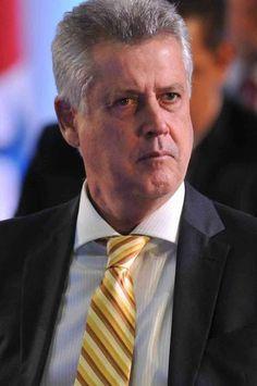 Rodrigo Rollemberg. Foto: internet/reprodução.    Com a crise financeira geral…