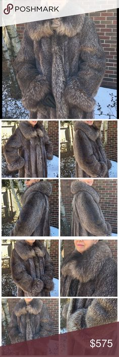 "Gorg VTG Genuine Raccoon Long Fur Coat Fox Collar A stunning Genuine and luxurious Long Raccoon Fur Coat in Natural with genuine Fox Collar. Elegantly fully lined in heavy weight black satin with diamond pattern with two exterior side pockets. In excellent pre-loved condition, with no signs of tear, stain, pulled or loose threat, or bald spots on any areas.  Measurements:  39.5"" in Length (from the back of the collar to the bottom of the coat)  23"" Sleeve length plus 3"" cuff 22.5"" Bust…"