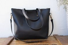 Large Black Leather bag with zip and removable от VermutAtelier