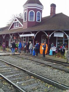 2014 Halloween Train, Railway Museum, Train Rides, North West, Street View