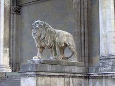 A Lion in Munich