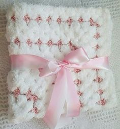 Baby Girl Crochet  Blanket. Baby crochet by LuckyRababyboutique