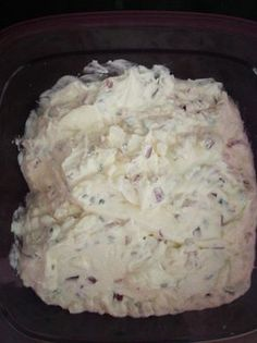 Red onion cream cheese - Food and Drink Strawberry Cheesecake Recipe Easy, Cheesecake Factory Recipe Chicken, Easy Cheesecake Recipes, Cheesecake Bites, Cheese Appetizers, Healthy Appetizers, Cheese Dips, Sausage Recipes, Cooking Measurements