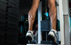 My must-have leg workouts in your leg day routine will ensure you're working every muscle in your legs to produce results ASAP. No chicken legs. Leg Workouts For Mass, Killer Leg Workouts, Easy Workouts, Calf Raises Exercise, Leg Day Routine, Calf Injury, Muscle Stretches, Killer Legs, Outer Thighs
