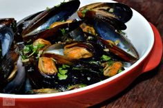 Cate Can Cook, So Can You!: Asian Style Mussels in the Thermomix Banting, Seafood Restaurant, Mussels, Asian Style, Eggplant, Cucumber, Food And Drink, Yummy Food, Beef