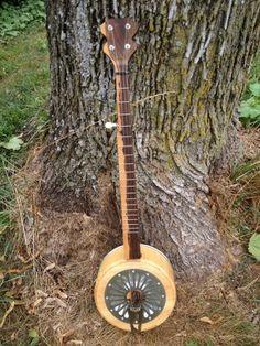 "Hubcap ""Banjo"" front"