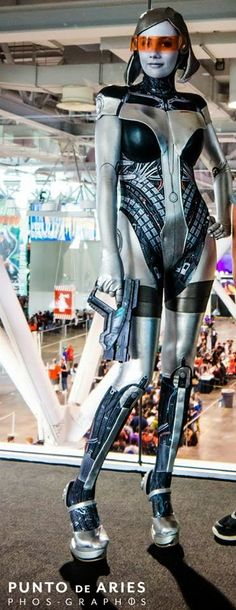 EDI cosplay by In a Time of Cosplay Source: Best Mass Effect Cosplay Collection Mass Effect Cosplay, Latex Cosplay, Amazing Cosplay, Best Cosplay, Steampunk, Cosplay Outfits, Cosplay Girls, Video Game Cosplay, Back In The 90s