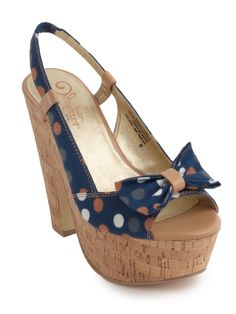 Somebody invite me to a wedding this summer and give me an excuse to buy these. Seychelles Footwear