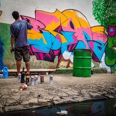 More details of the work, place and artist: http://streetartrio.com.br/artista/blopa-artistas/compartilhado-por-__blopa-em-mar-25-2015-1855/ /  #art #artederua #arteurbana #artist #artoftheday #blopa #bomb #bombing #galeriacéuaberto #graffiti #graffitiart #graffitirio #graffitiwall #grafite #magicgallery #makeart #olheosmuros #riodejaneiro #rj #rua #sprayart #streetart #streetartrio #tags #tagsandthrows #throwsup #throwsupz #urbanart #vandal #vscocam #streetphotography #buildinggraffiti…