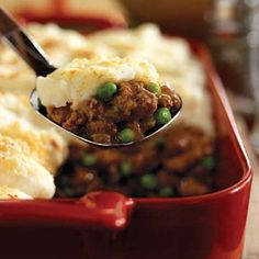 Shepards pie ingredients:    1 1/2 lbs ground round beef   1 onion chopped   1 cup peas *we prefer fresh diced green beans (1/4 inch) instead   1 cup diced carrots   1 can corn   1 1/2 – 2 lbs potatoes (4 big ones)   8 tablespoons butter (1 stick)   1/2 cup beef broth   1 teaspoon Worcestershire sauce   Salt and pepper to taste