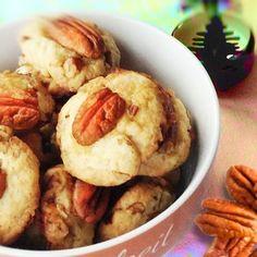 Pecannuss-Taler ...find it on www.bcproject.de  #eeeeeats #food #foodporn #yum #instafood #yummy #amazing #instagood #photooftheday #sweet #dinner #lunch #breakfast #fresh #tasty #food #delish #delicious #eating #foodpic #foodpics #eat #hungry #foodgasm #hot #foods #sweettooth ...zu finden auf www.bcproject.de
