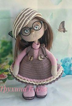 Mesmerizing Crochet an Amigurumi Rabbit Ideas. Lovely Crochet an Amigurumi Rabbit Ideas. Crochet Bookmark Pattern, Crochet Bookmarks, Crochet Doll Pattern, Crochet Patterns Amigurumi, Amigurumi Doll, Knitted Dolls, Crochet Dolls, Cute Crochet, Crochet Baby