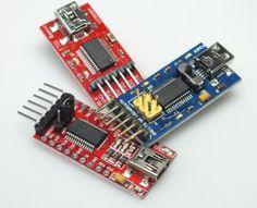 USB-Seriell-Adapter aus China mit gefälschten FTDI-Chips. Die abgebildeten trugen den Date-Code 1308-C und 1402-C.