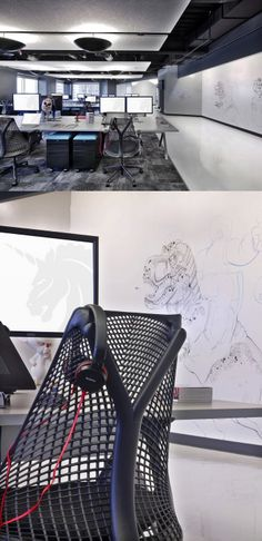 Open plan office coordinated with wall painting! #openplanoffice Cubicles.com