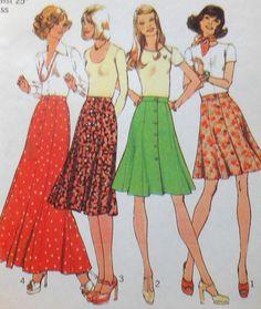 Vintage Button Skirt Sewing Pattern UNCUT by latenightcoffee