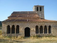 La ermita románica de Nuestra Señora de las Vegas (Santiuste de Pedraza, Segovia) https://www.facebook.com/groups/romanicodelnorte/permalink/10152395814459801/?stream_ref=2
