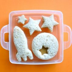 Space Fun for back to school! 101 Peanut Butter Sandwiches
