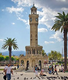 Worlds Most Beautiful Clock Towers: Izmir, Turkey I was officially adopted in a building next to the clock tower Oh The Places You'll Go, Places To Travel, Places To Visit, World's Most Beautiful, Beautiful Places, Visit Turkey, Kairo, Ankara, Turkey Travel