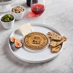 Our Porcelain Cheese Serving Platter is the perfect tray to serve cheese and your favourite accompaniments. The graphic cheese board provides an attractive surface for any presentation.