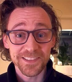 Miranda Hart: Lots of people getting in to the Such Fun mood. Even this guy. Miranda Hart, Thomas William Hiddleston, Tom Hiddleston Loki, Hot Actors, Actors & Actresses, Avengers, Funny Baby Gifts, Funny Jokes For Kids, Bae