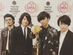 [Alexandros]2017/3/7 なんか良い物もらいました。ありがとう。ドロス #spaceshowertvawards #peopleschoiceawards