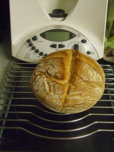 Portuguese Recipes, Bread Recipes, Food And Drink, Cooking, Breakfast, Kitchen, Bread Machine Bread, Sweet Recipes, Wafer Cookies