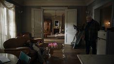 Buying a New Home Without Stress Parisian Apartment, Paris Apartments, Dream Home Design, House Design, Set Design, Tv Decor, Room Decor, Danish Modern Furniture, Interior Decorating
