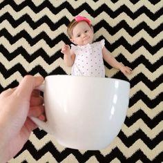 寝相アートの次はマグカップ BABY?とってもキュートな赤ちゃんアートが世界中で大人気!
