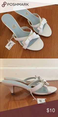FINAL SALE! ✨Cute white heels! ✨🆕 with tag! Cute white Lela Rose heels! Brand new, never worn and excellent condition. Versatile & perfect for a formal event. ✨ Lela Rose Shoes Heels
