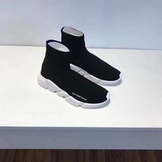 6d6ca7de40aa Fashion Womens Balenciaga Speed Knit 2018 Trainers Face Black Contrasting  Textured White Sole Online Sale Sneakers