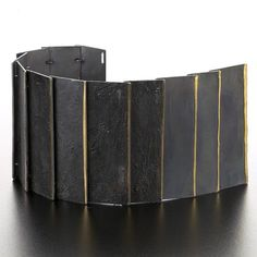 Yoko Shimizu - bracelet made with silver, niello & gold