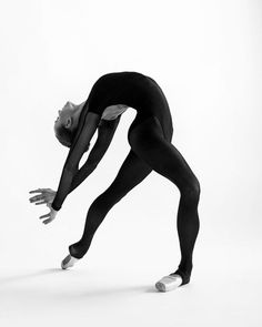 "711 Me gusta, 32 comentarios - Dancer (@sofia__voronova) en Instagram: ""Фотография моей любимой @anastasialivun """