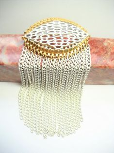 Vintage Monet Brooch White Enamel Gold Tone Metal Dangle Drop | Etsy Vintage Wear, Vintage Shops, Vintage Items, Gold Brooches, Vintage Brooches, White Enamel, White Gold, Jewelry Design, Designer Jewelry