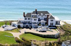 Taylor Swift's Home in Rhode Island - Celebrity House Pictures