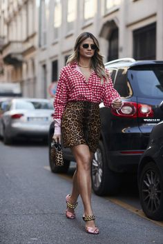 The Best Street Style Looks From Milan Fashion Week Spring 2018 Street Style 2018, Milan Fashion Week Street Style, Stockholm Street Style, Spring Street Style, Milan Fashion Weeks, Cool Street Fashion, Street Style Looks, Looks Style, Look Fashion