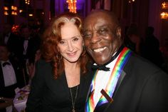 Bonnie Raitt & Buddy Guy Jazz Blues, Blues Music, Blue Company, Bonnie Raitt, Buddy Guy, Jackson Browne, Her Music, Rockers, My Favorite Music