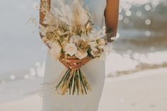 A glorious sunny day guided by nature, sensations and colours with an astonishing, elegant bouquet in White & Gold Earth Tones, the sea whispered words to the sand that were faded with her first touch. Gold Sand, Earth Tones, Sunny Days, Bouquet, White Gold, Colours, Touch, Sea, Table Decorations