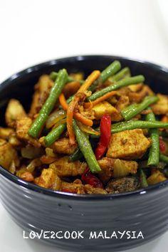 ♥ LOVE2COOK MALAYSIA♥: Stir-fried Turmeric Chicken with Vegetables...(Ayam Goreng Kunyit )
