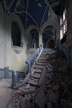 Abandoned ~ Chateau Miranda, BE. I can't begin to imagine the grand place this used to be for its beautiful still.............