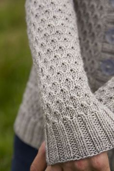 Beacon Hill pattern by Jane Richmond (ravelry)