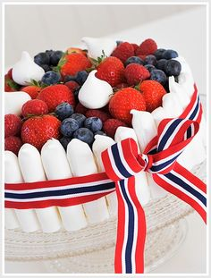 17.mai cake // Norwegian constitution day