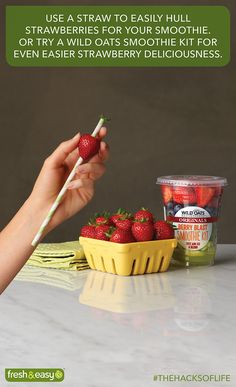 Strawberries - Stem = Smoothie Ready #thehacksoflife @freshandeasy #foodhack #kitchenhack #HacksSweepstakes