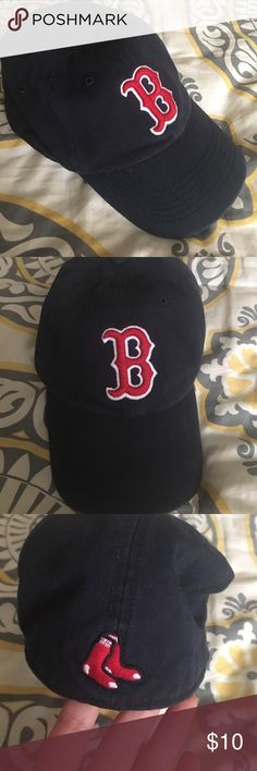 Boston Red Sox hat New, never worn. Didn't fit my husband right. Could be for either men or women. Size S '47. Perfect for summer! Accessories Hats