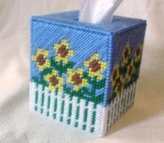 Tissue Box Crafts, Plastic Canvas Tissue Boxes, Plastic Canvas Crafts, Plastic Canvas Patterns, Yarn Crafts, Plastic Craft, Sunflower Design, Sunflower Pattern, Tissue Box Holder