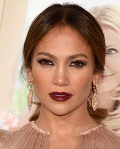 Post de hoje: Como Fazer Maquiagem Pele Morena Clara Passo a Passo #maquiagempelemorenaclara  Veja no link:  http://maquiagenspassoapasso.com.br/maquiagem-pele-morena-clara-passo-passo/