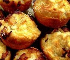 Dough Biltong and Cheese Muffins Savory Muffins, Cheese Muffins, Savory Snacks, Cheese Pies, Baking Muffins, Easy Snacks, South African Dishes, South African Recipes, Kos