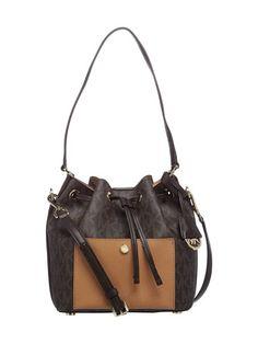 Tyylikkäät ja laadukkaat MICHAEL Michael Kors -laukut löydät stockmann.com-verkkokaupasta. Tilaa Greenwich MD Bucket Bag -laukku!