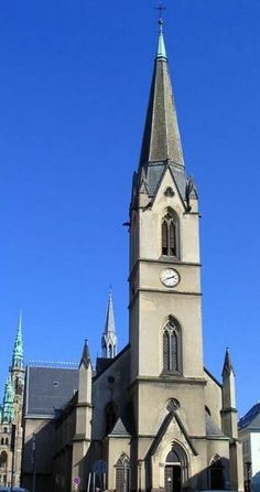Antonius church in Liberec (North Bohemia), Czechia Sacred Architecture, Mosques, Place Of Worship, Pilgrimage, Temples, Notre Dame, Beautiful Places, Building, House