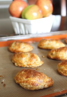 Puff pastry hand pies with 1 apple