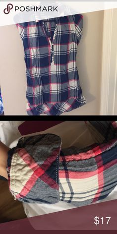 American Eagle Plaid long sleeves Tunic Soft plaid tunic! Fairly long, bottom of shirt hits just below the butt. Rolled long sleeves with quarter button top. Size 4 American Eagle Outfitters Tops Tunics